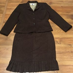 Skirt suit by First Issue ( a Liz Claiborne Co.)
